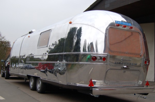 Airstream_Sovereign_1970_c.jpg