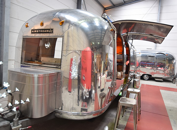 26ft_airstream_coffee_to_go.jpg