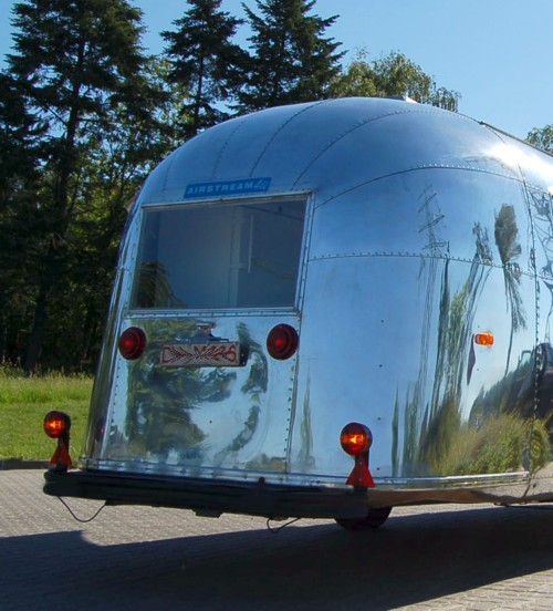 Airstream_Sushi_Bar_GastroTrailer_e.jpg