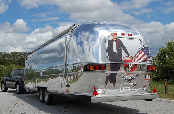 airstream_barbecue_c.jpg