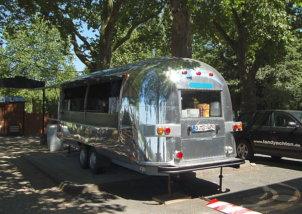 Airstream_Gastro_Trailer_d.jpg
