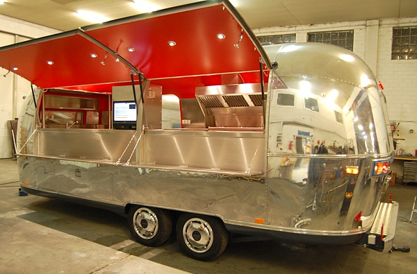 airstream film catering unit   mobile küche made 4u ° concession ... - Gastronomie Mobile Küche