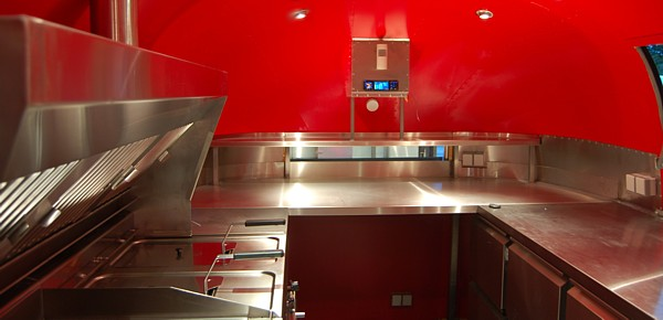 18_Foot_Kitchen_Food_Mobile_interior_rear.jpg