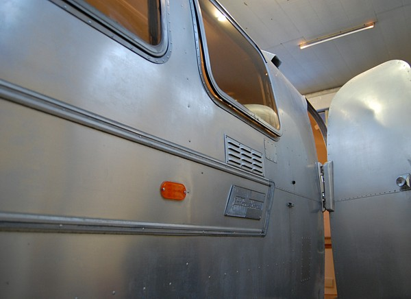 airstream__4u_customization_modern_lifestyle_e.jpg