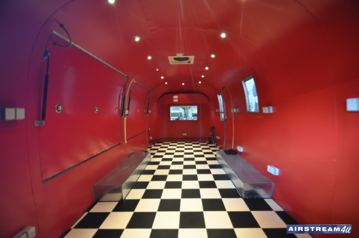airstream_4u_interieur.jpg