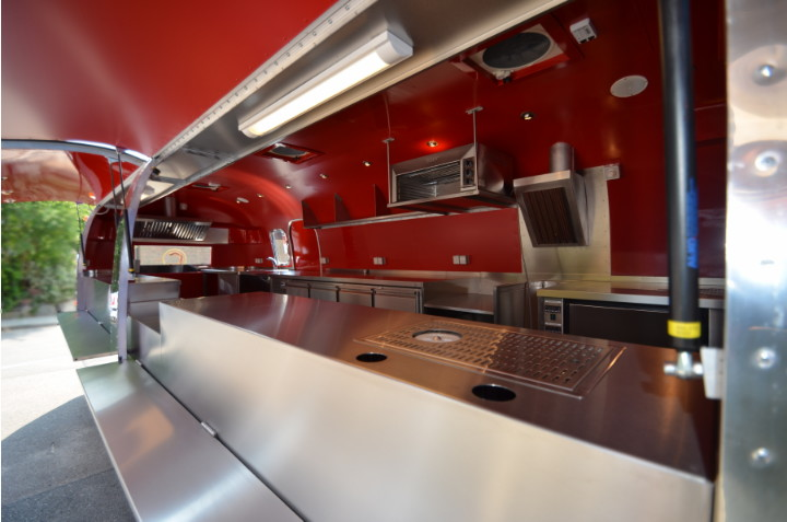 ...mobile_stainless_steel_kitchen.jpg