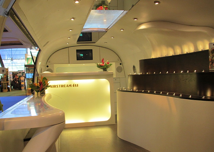 airstream_4_france_paris_guadeloupe_interieur_1.jpg