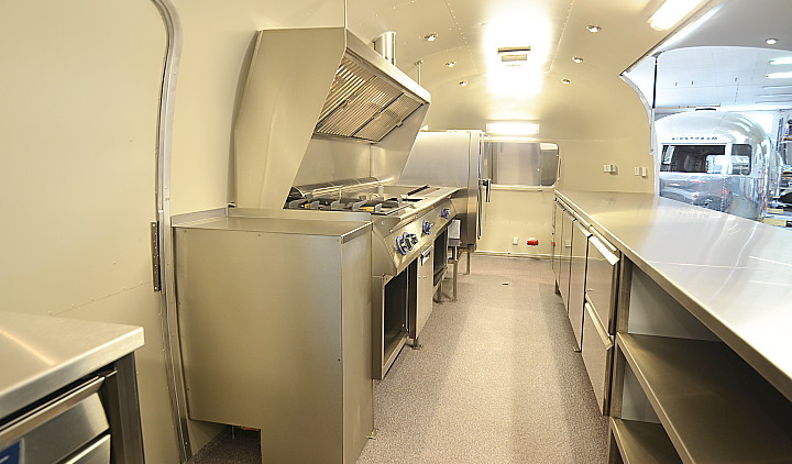 airstream4u_interieur.jpg