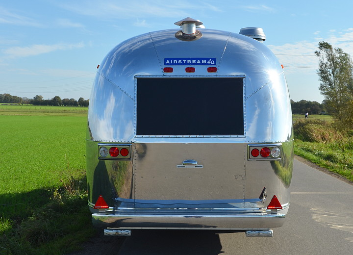 sunshine_airstream_rear_site.jpg