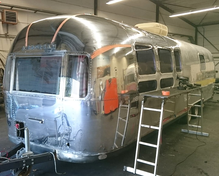 31ft_Airstream_Sovereign_1977_polished2.jpg