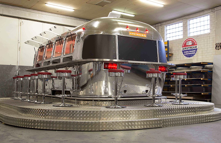 a4u_middle_east_american_airstream_diner.jpg