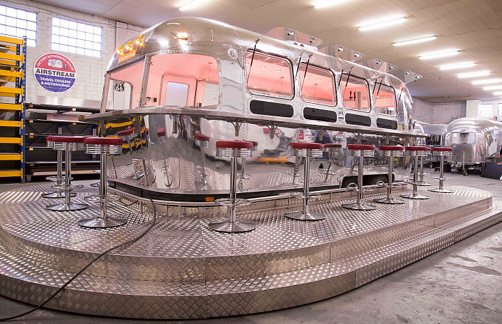 a4u_middle_east_american_airstream_diner_c.jpg