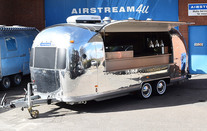 Airstream4u_streetfood_dubai_vida_resort_no_II_foodtruck.jpg