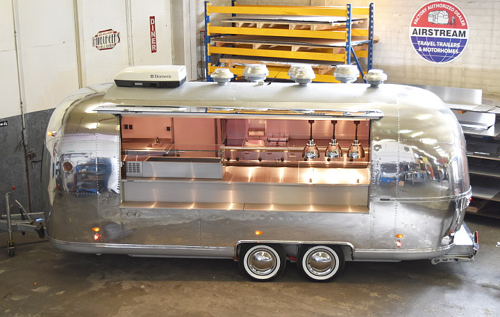 airstream4u_dubai_foodtruck_uae_a.jpg