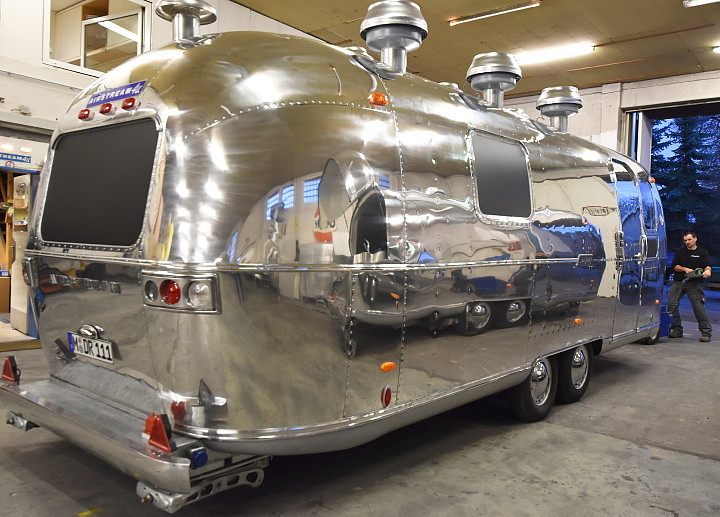 streetfood_catering_custom_airstream_a.jpg