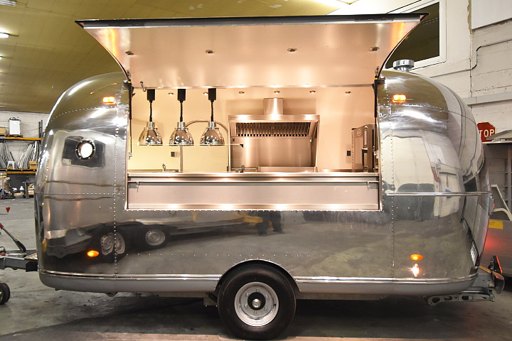 Food Truck For Sale In Jeddah