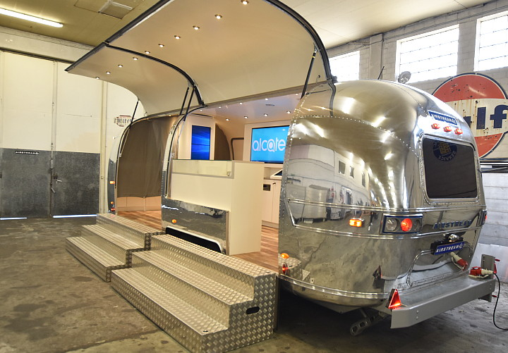 airstream4u_alcatel_boom_me_up_c.jpg