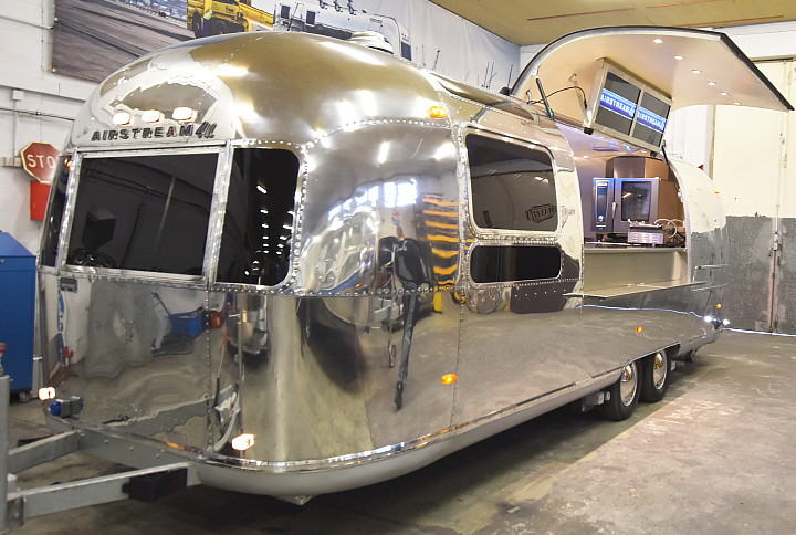 11er_genuss_bus_airstream4u_c.jpg
