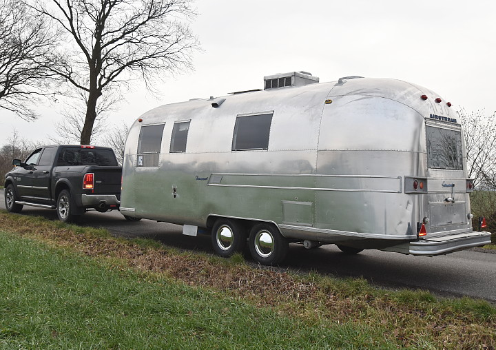 24ft_airstream_tradewind_1967_a.jpg