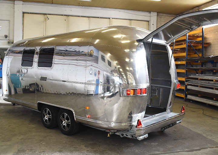 airstream_bike_hauler_b.jpg