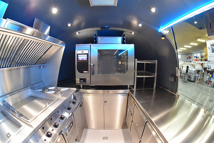 airstream_star_4u_mobile_kitchen_e.jpg